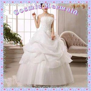 Dresses & Skirts - 🆕⭐️Princess Ruffled White Wedding Gown⭐️L / XL